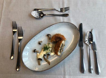 Gebackenes Risotto mit Bergkäse-Pilzfülle und Zirben-Hollandaise